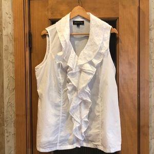 Jones New York white sleeveless ruffle top